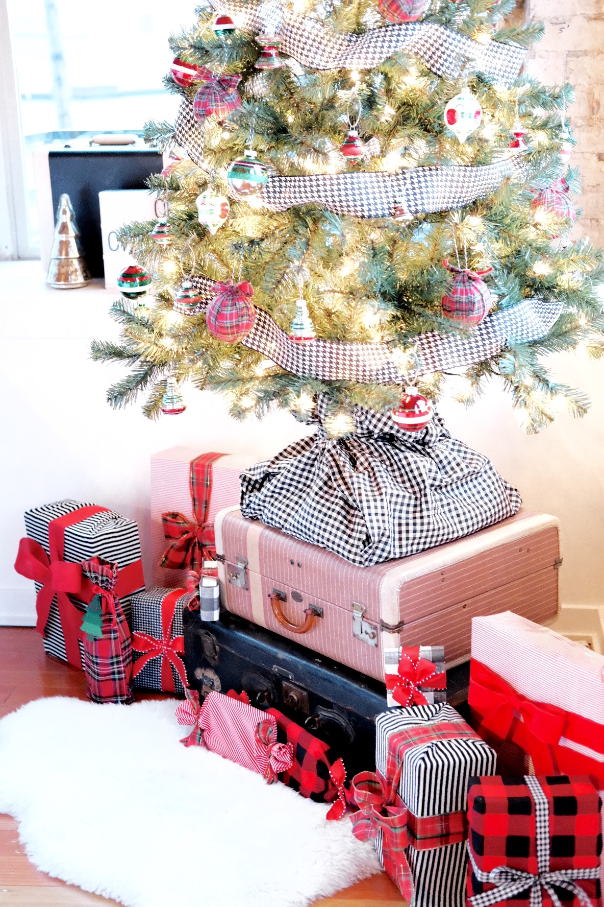 Plaid Christmas ornaments, Small Christmas Tree decorations, Dog Proof Christmas Tree, Christmas Tree on Vintage Suitcases, Fake Christmas Tree DIY Skirt