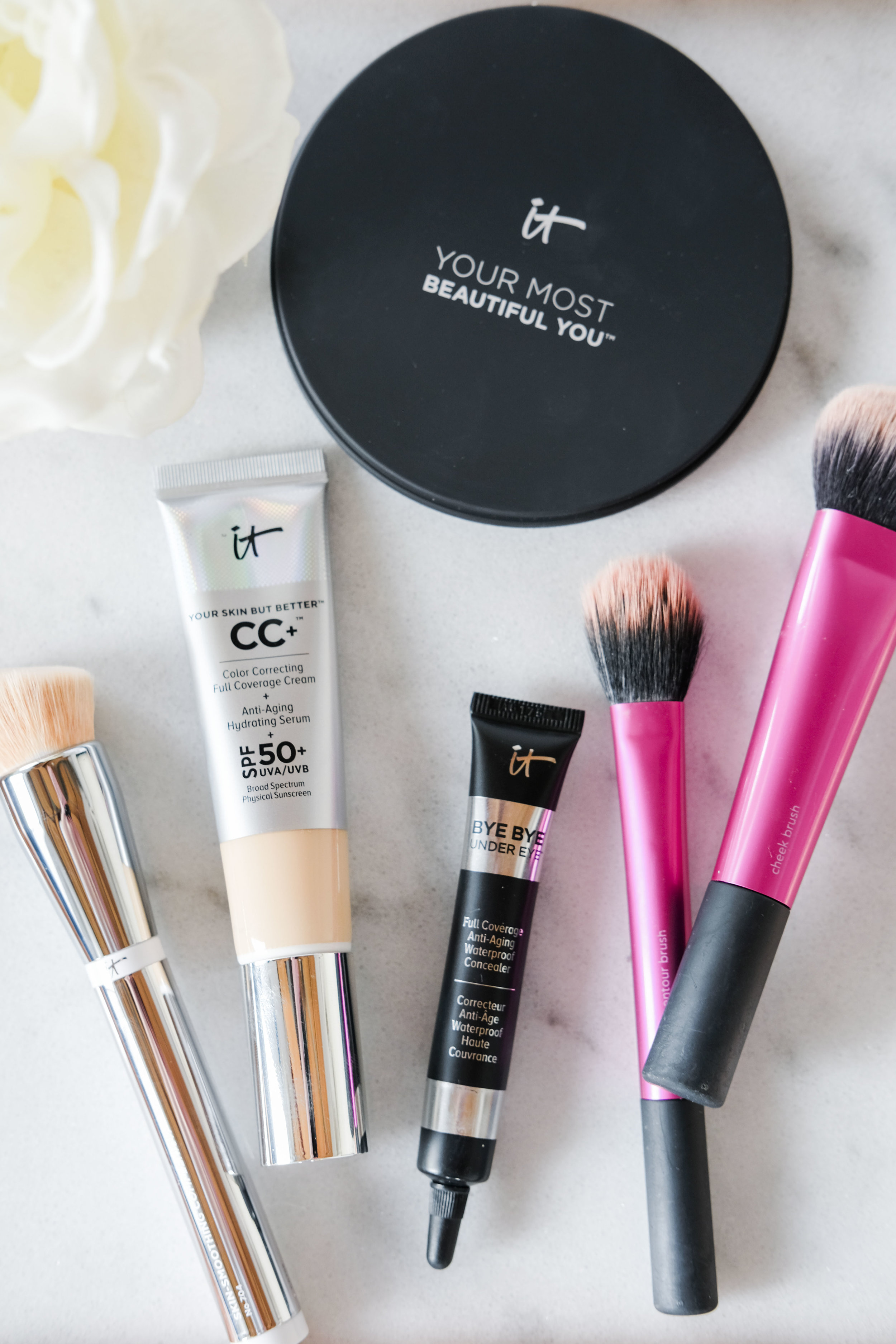 Easy natural makeup look perfect for vacation, spf 50 full coverage cc cream, It Cosmetics Bye Bye Under Eye.