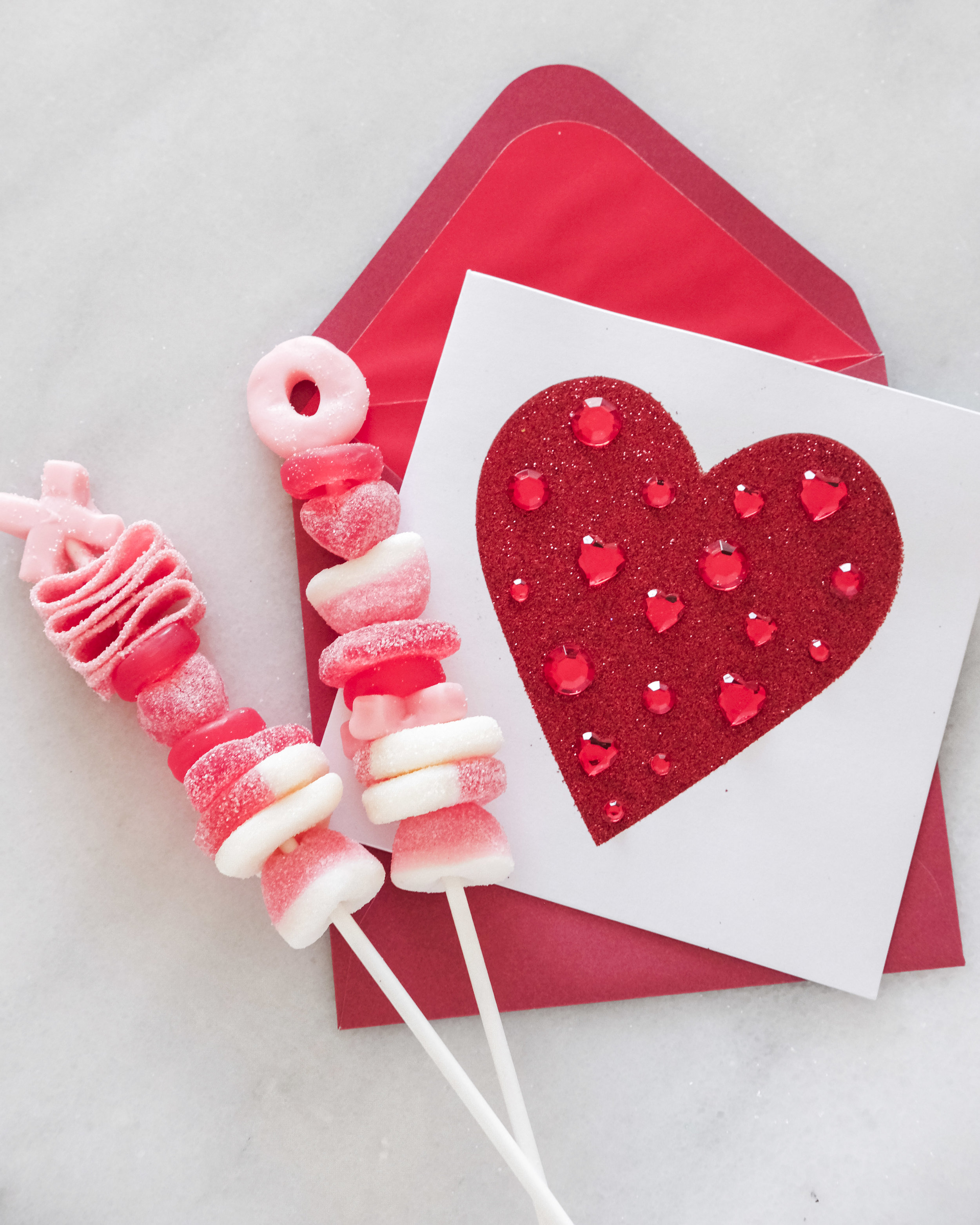 Easy Valentine's day DIY. Last minute Valentine's Day gift ideas, Papyrus Valentine's Day cards.