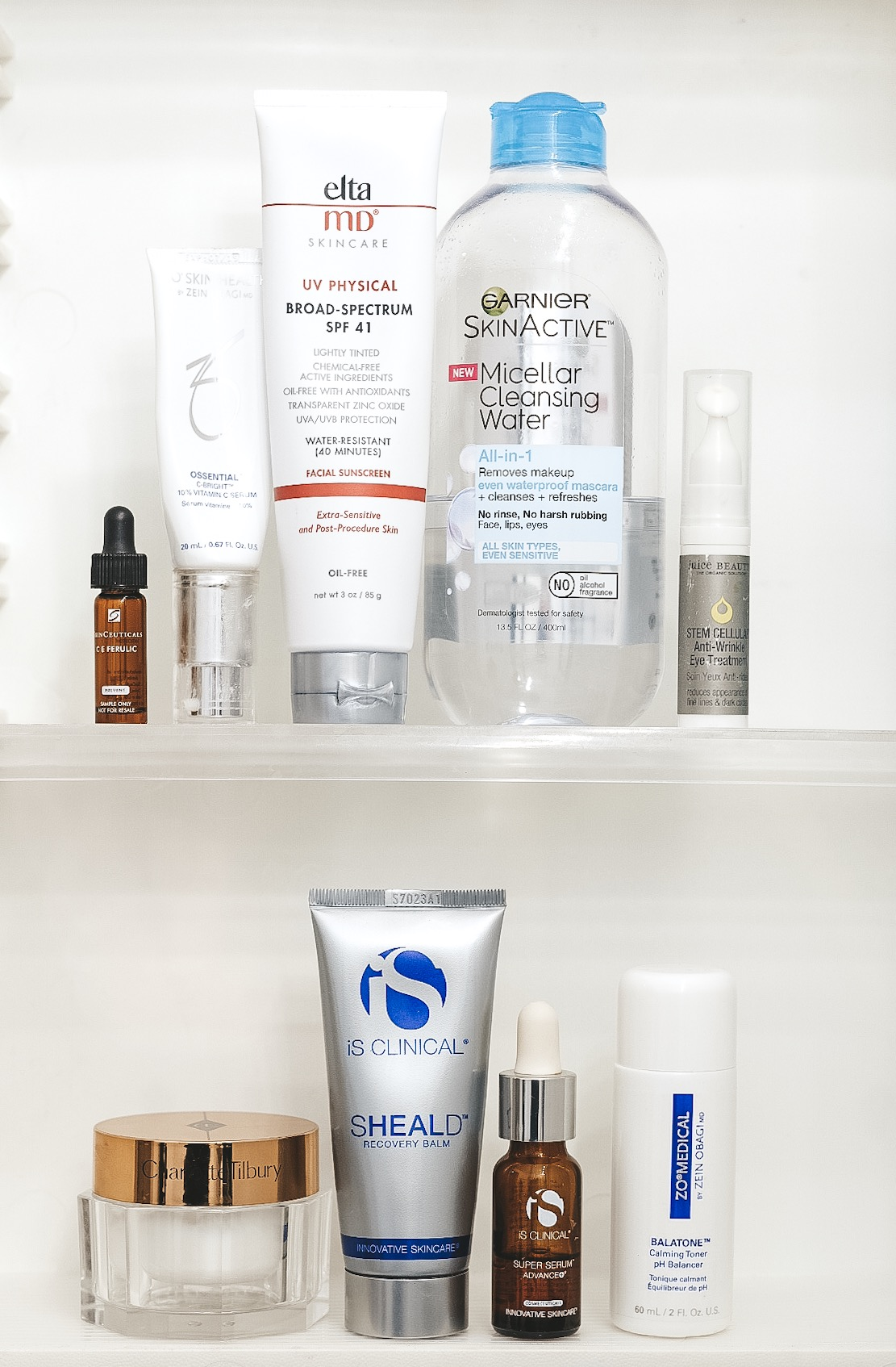 Postpartum skincare routine to minimize melasma from pregnancy.  Breastfeeding safe skincare routine.