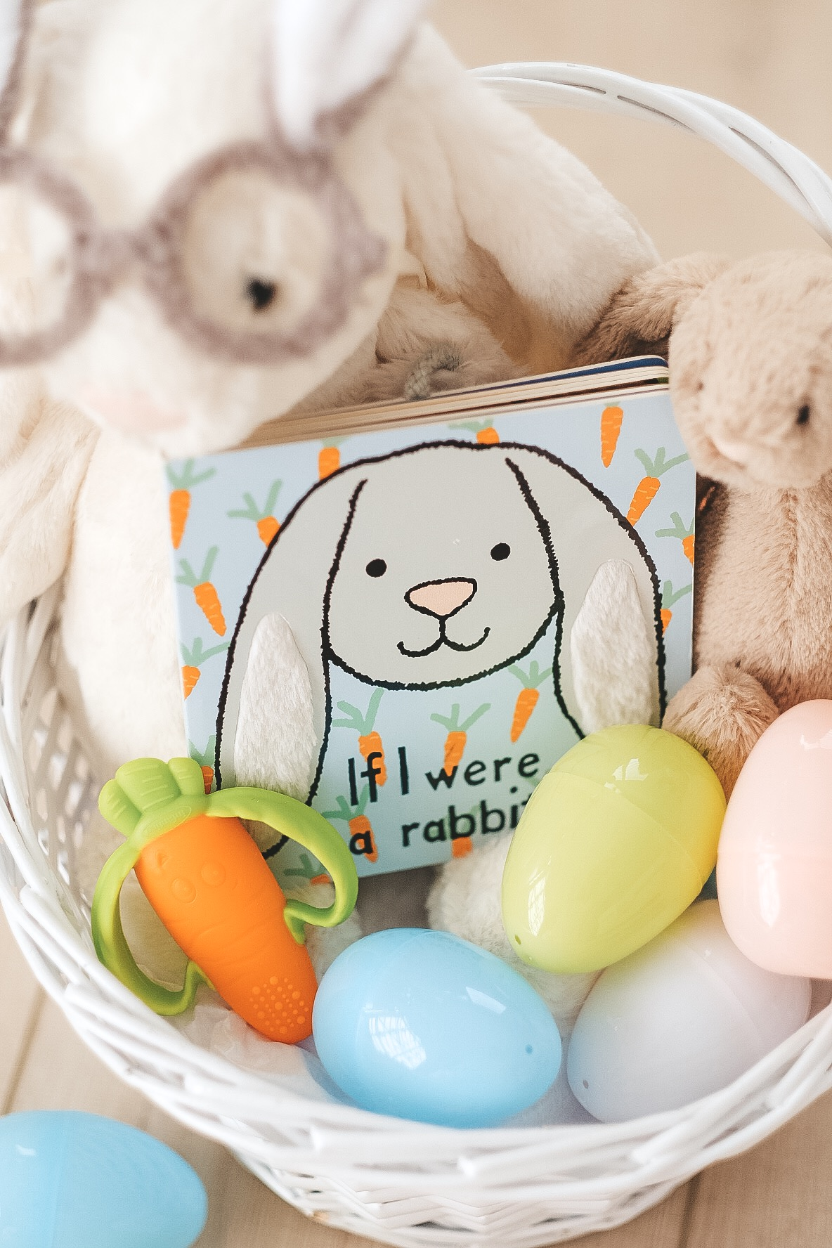 Easter basket ideas for children under 1.  Baby Easter basket ideas. Jellycat book for Easter.
