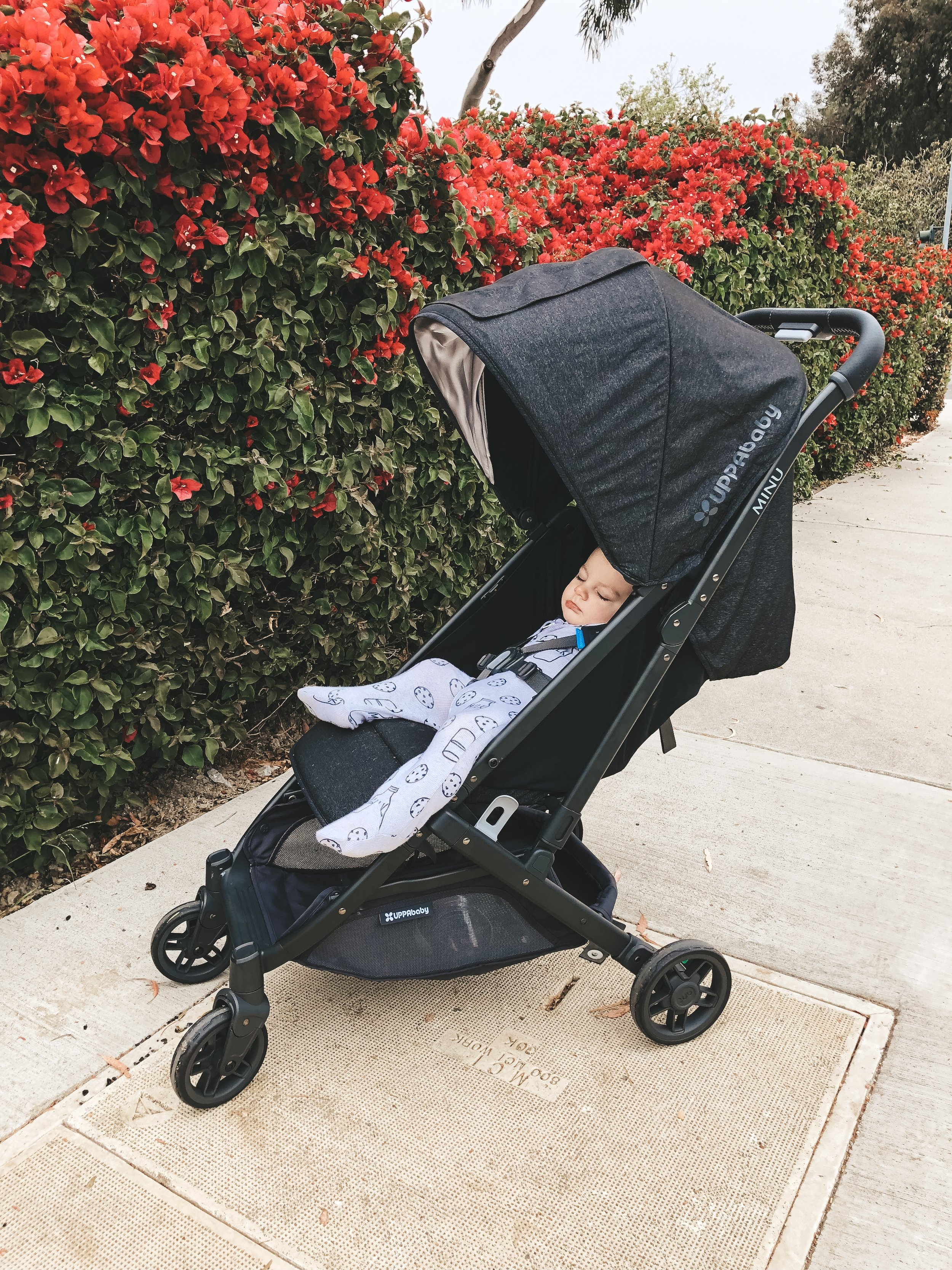 UppaBaby MINU review.  Uppababy travel stroller review.
