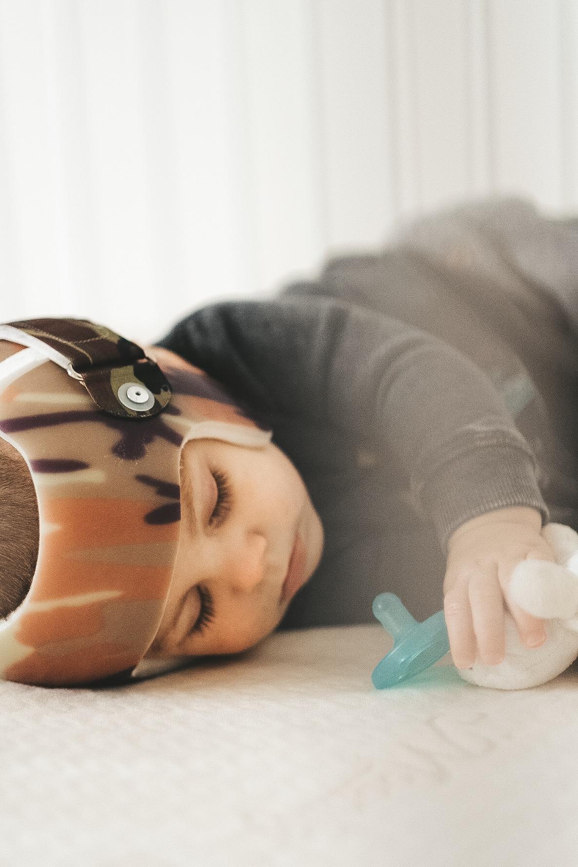 Newborn sleeping tips.  Best baby mattress.  Moonlight slumber baby bluebird crib mattress.  Helmet treatment for Plagiocephaly aka flat head.