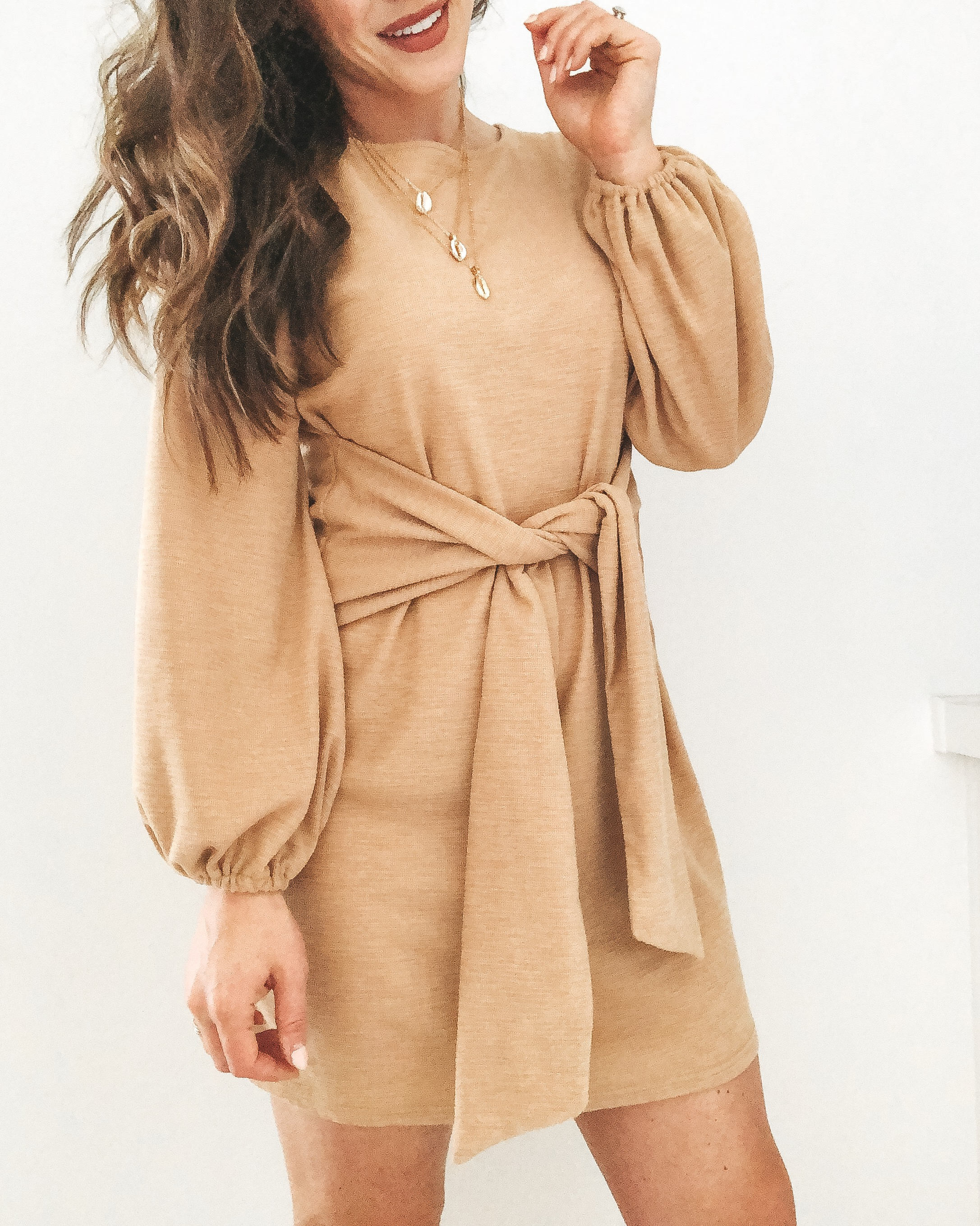 Amazon fashion finds for summer.  10 under $35 amazon women's clothing pieces.  Cute tie waist dress.  Khaki dress with flattering waist.