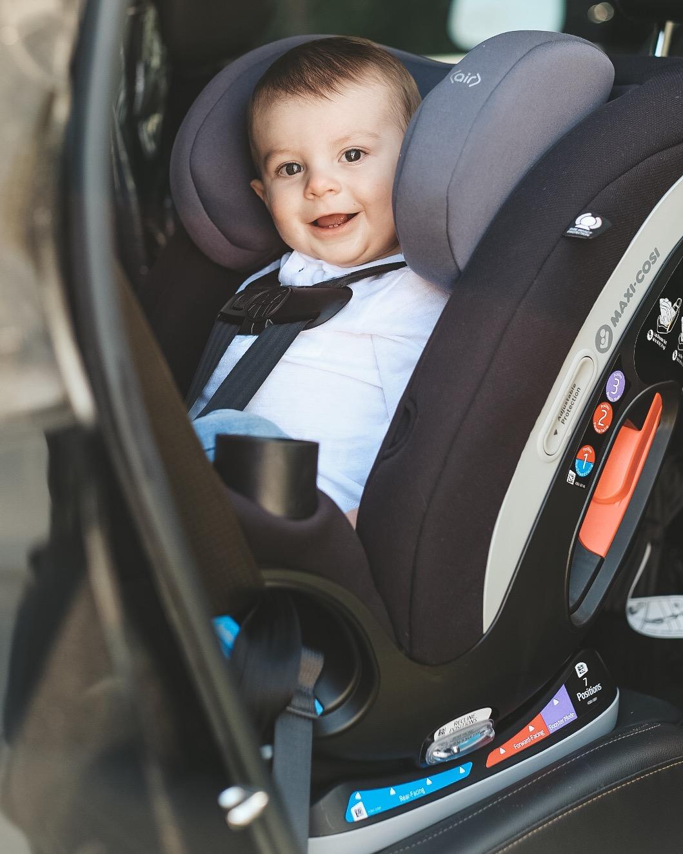 Jett Jones 12 Month Old.  Big boy car seat.  Maxi Cosi Magellan Convertible car seat.