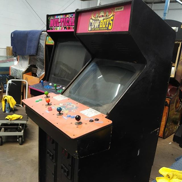Bio — Geekon | Albuquerque | Arcade Repair | Pinball Repair | Video
