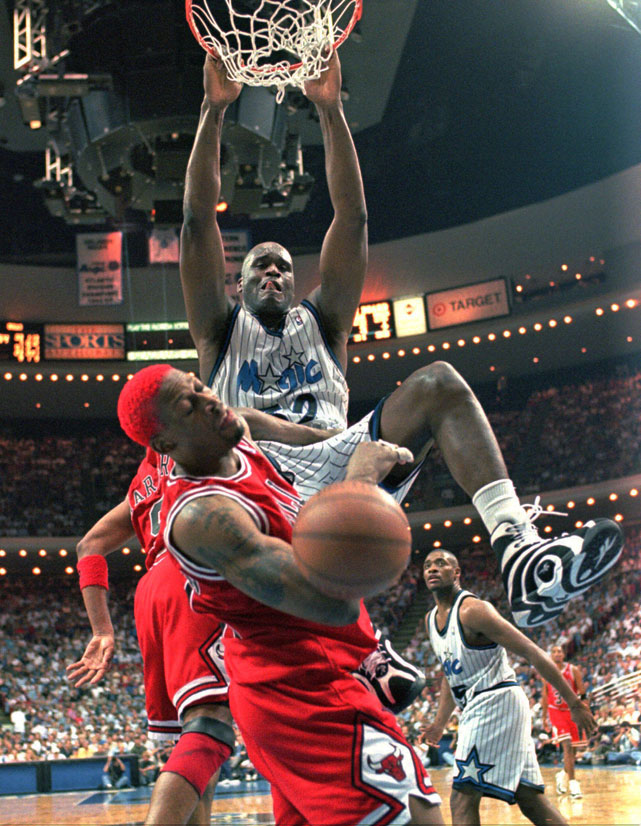 Shaq dunks on Dennis Rodman