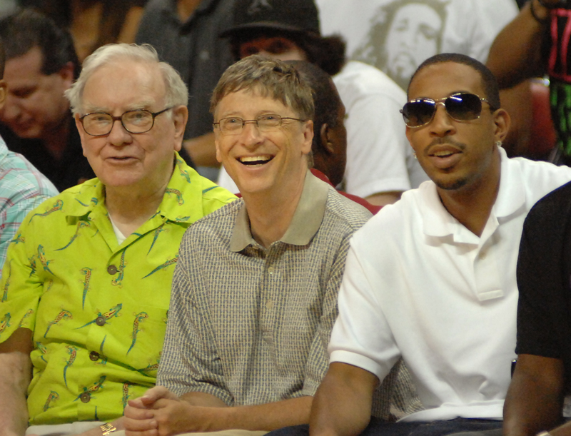 Yes that's Buffett, Gates and Ludacris.
