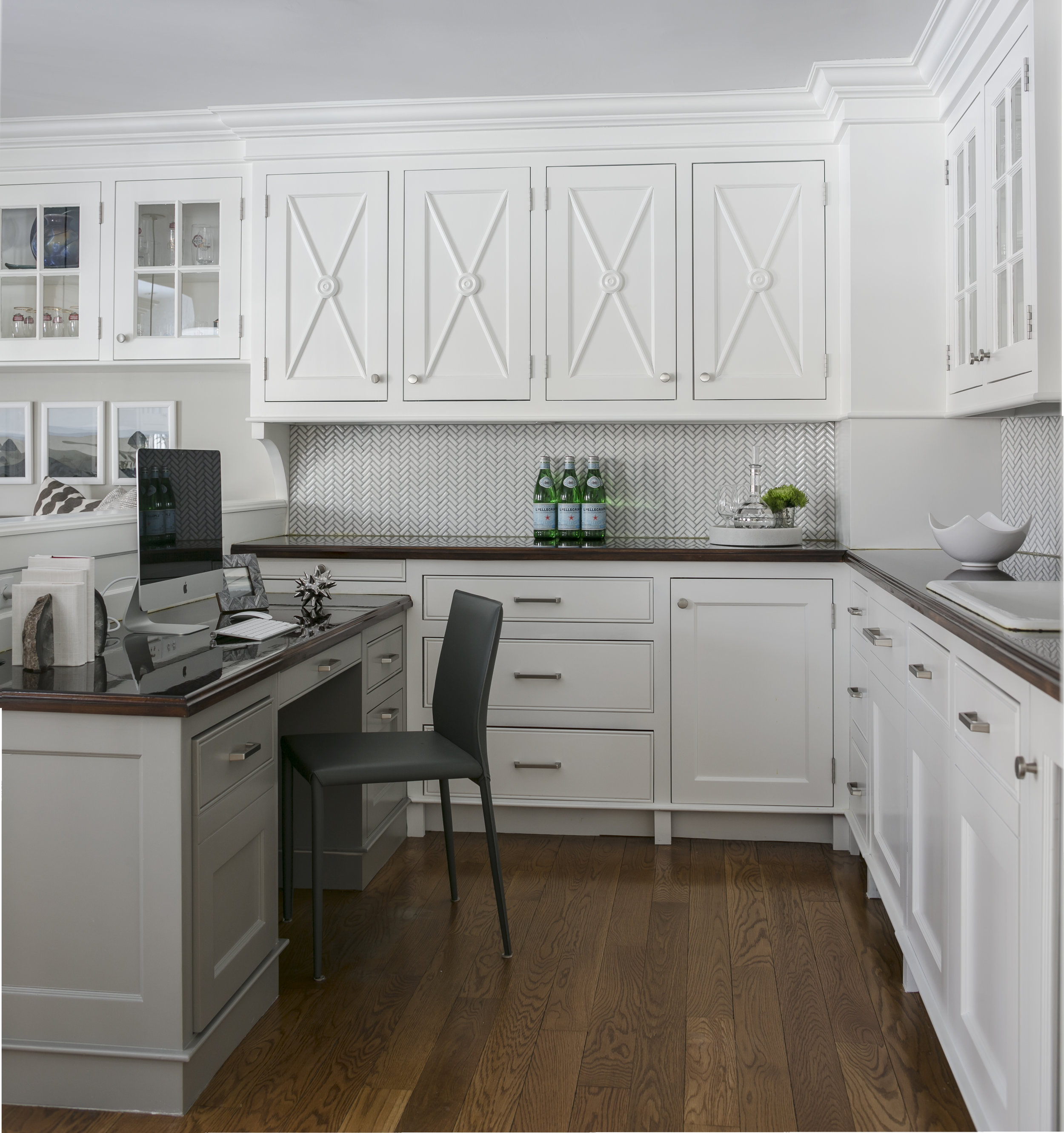 Fairfield Kitchen Butler pantry