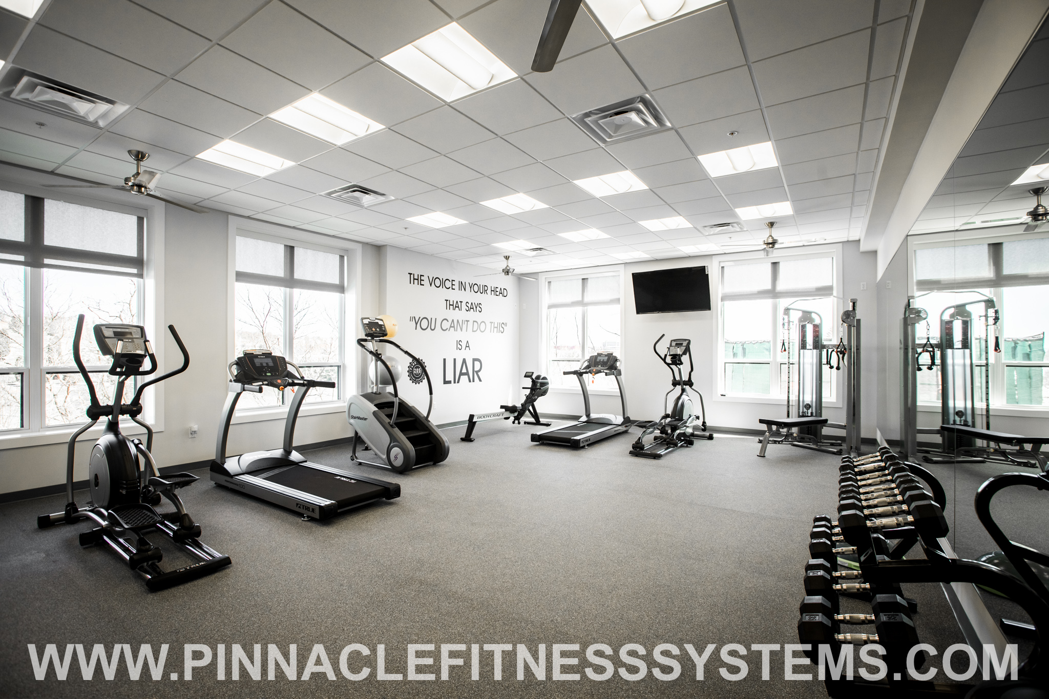 PFS-Luxury-Apartment-Complex-Fitness-Center-2.jpg