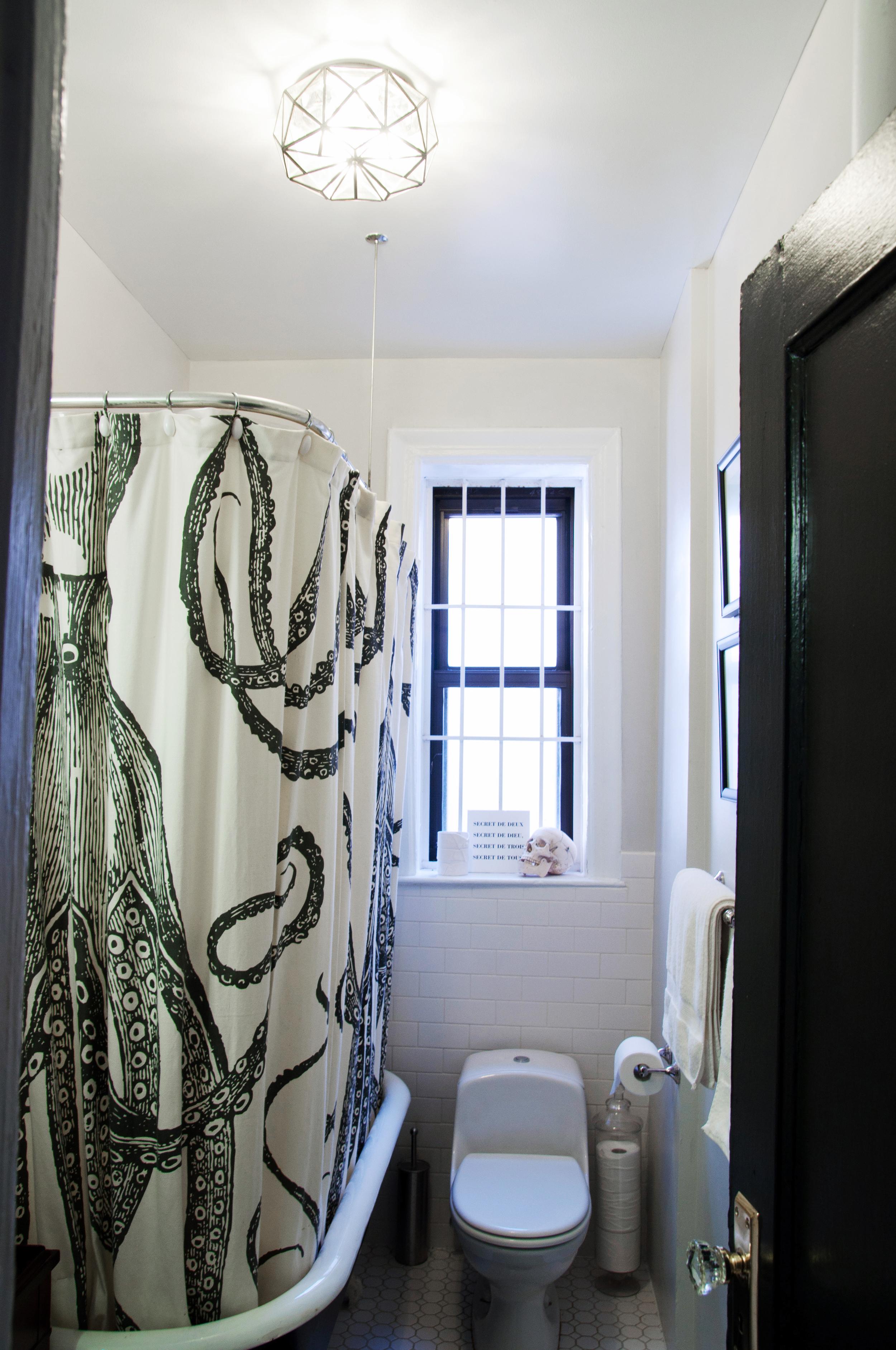 Bathroom0325_3FFWU.jpg