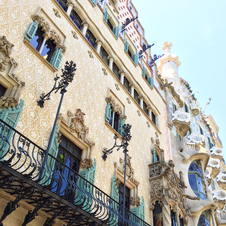 A glimpse of the Casa Batllo by Goudi | Photograph by Lauren L Caron © 2015