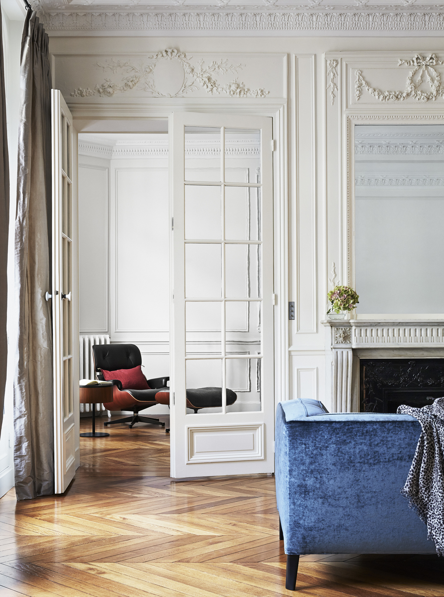 Pied À Terre Paris paris — blog — fourth floor walk up