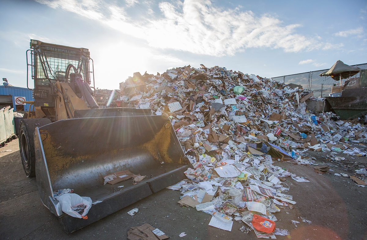 Paper recyclables at the Allan Company recycling center in Santa Monica (Photo credit: Austin Yu)