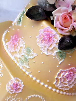 brush-embroidered-wedding-cake-dummy-300x400.jpg
