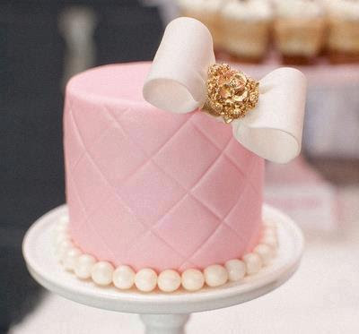 lush-fab-glam.com-fabulous-cake-and-cupcake-design-10.jpg