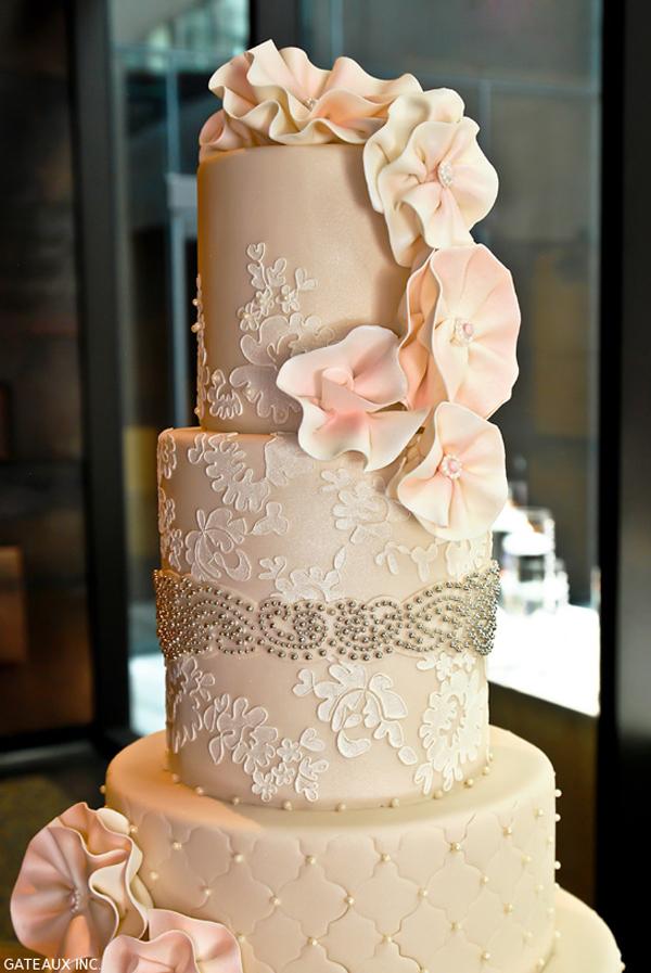 Lace-Wedding-Cakes-1.jpg