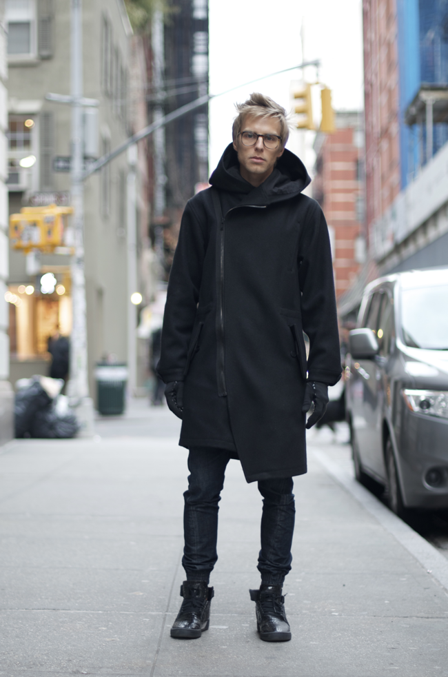 Ryan-Hursh-Mercer-St-An-Unknown-Quantity-Street-Style-Blog1.png
