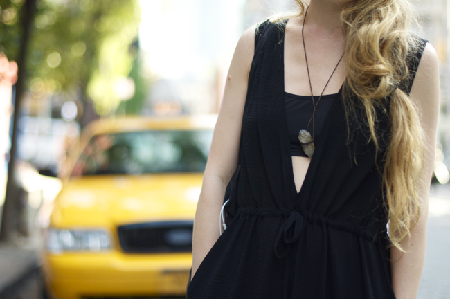 Para+Mercer+St.+An+Unknown+Quantity+New+York+Fashion+Street+Style+Blog2.png