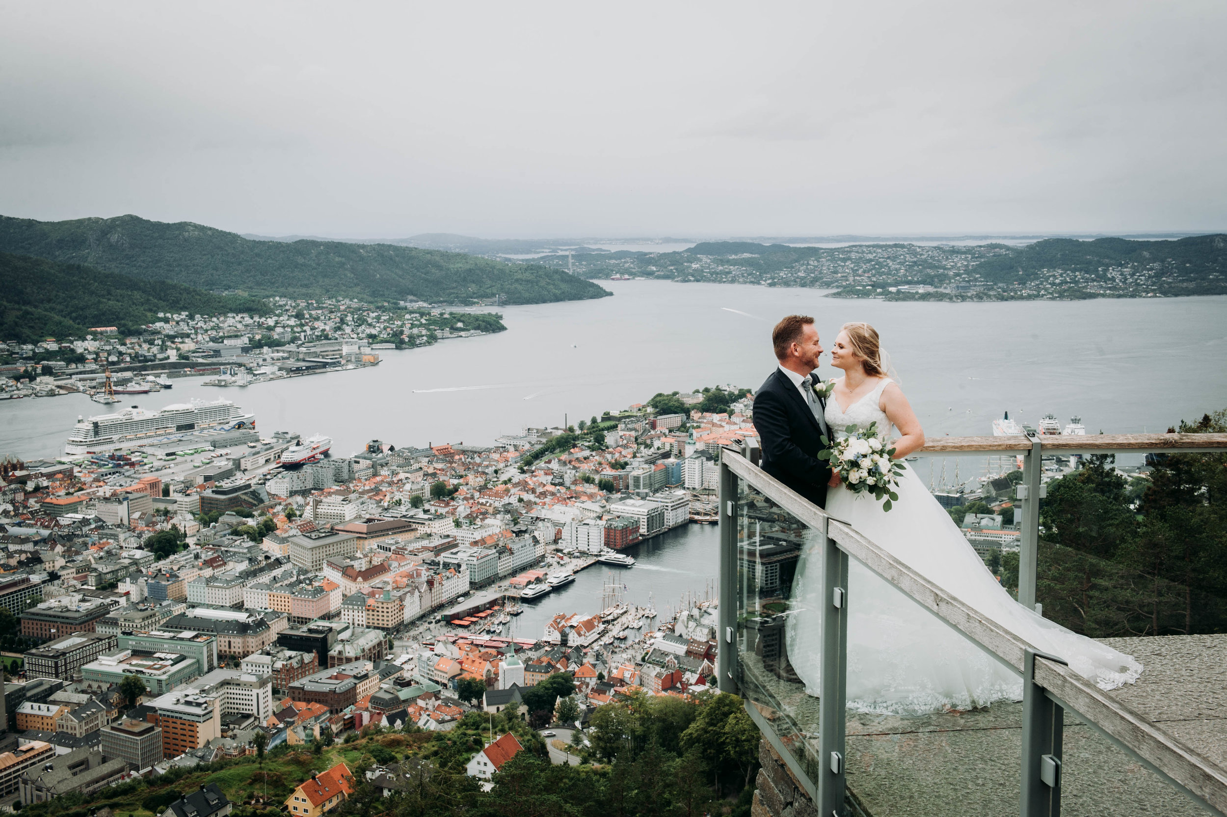 weddingphotographer.bergen.jpg