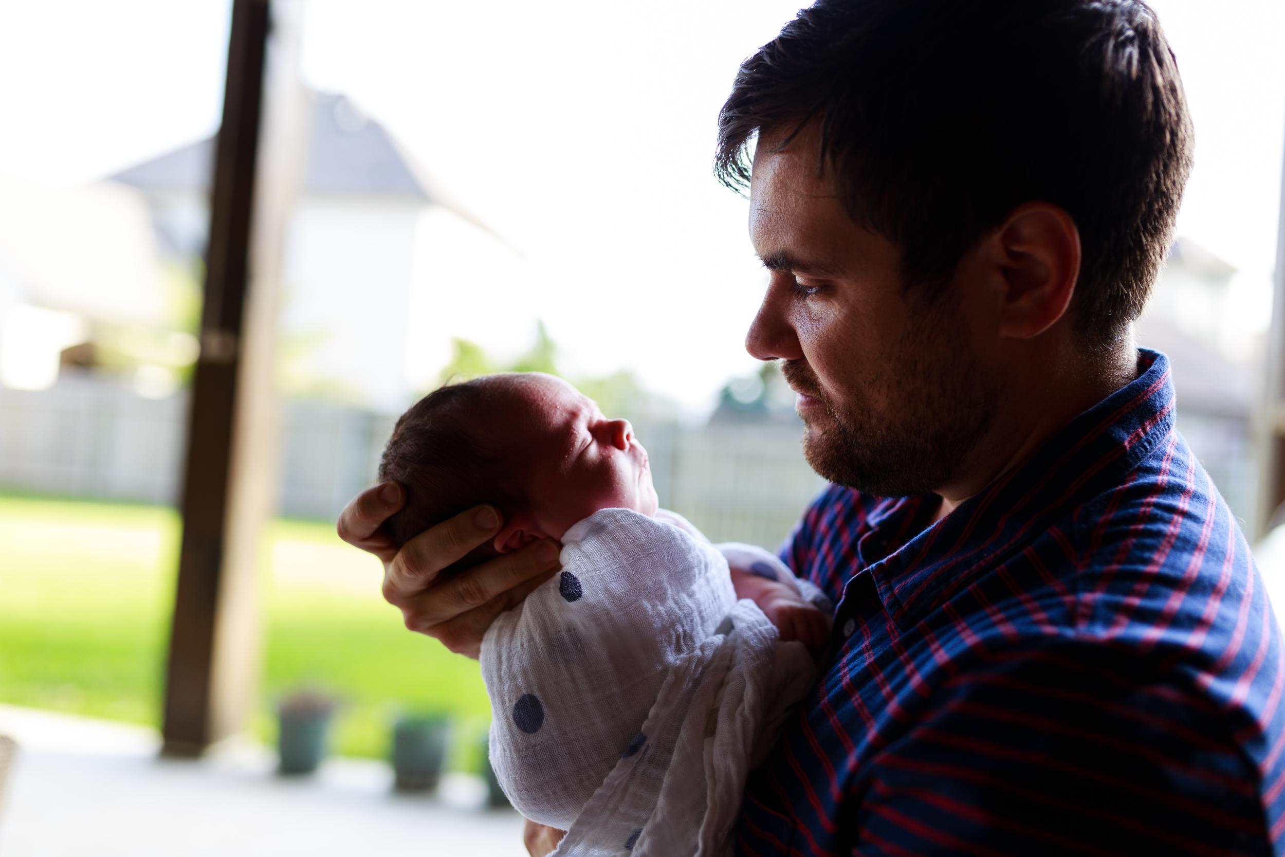 Newborn-baby-lifestyle-portrait-lafayette-broussard-youngsville-photographer-29.jpg