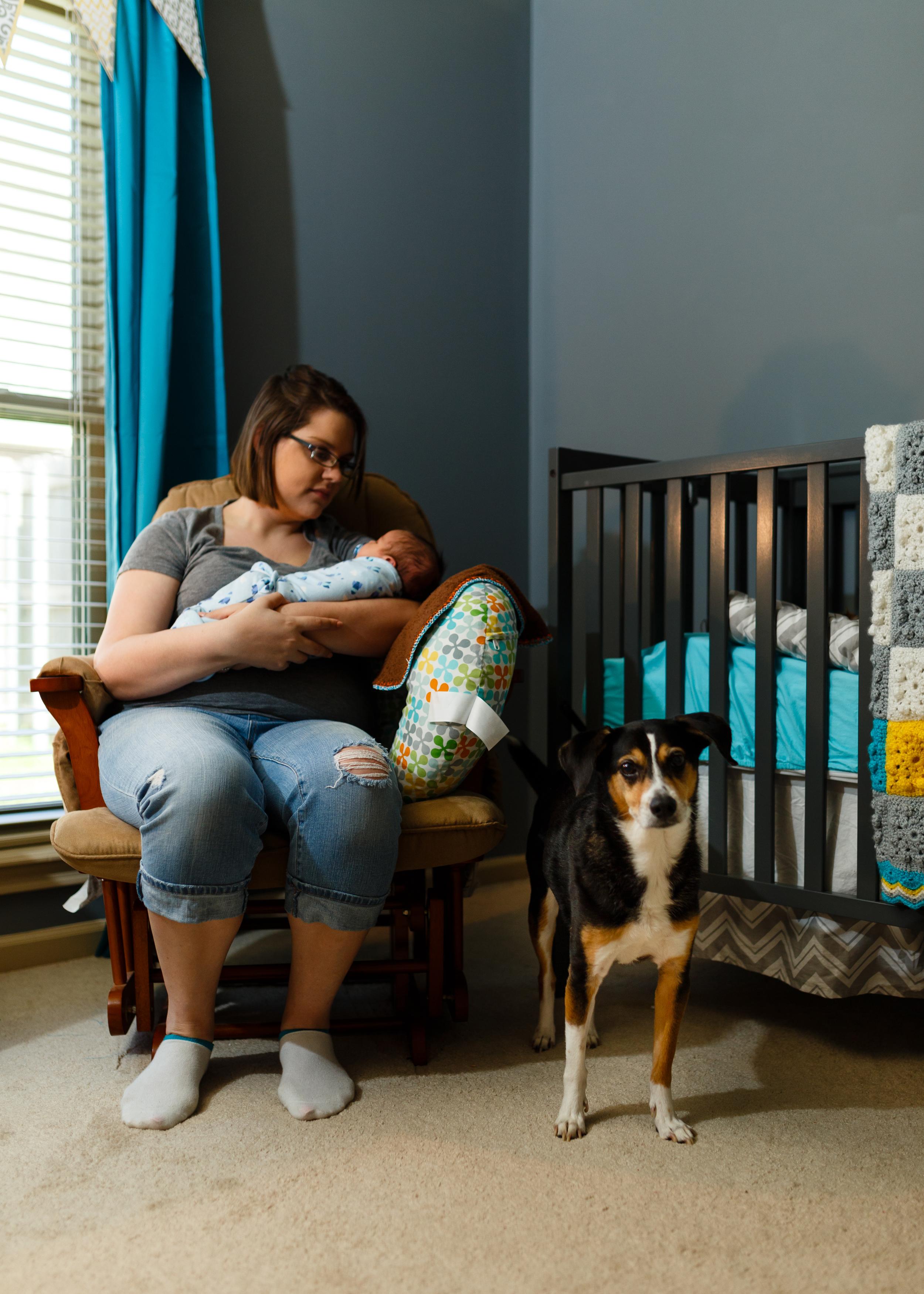 Newborn-baby-lifestyle-portrait-lafayette-broussard-youngsville-photographer-16.jpg