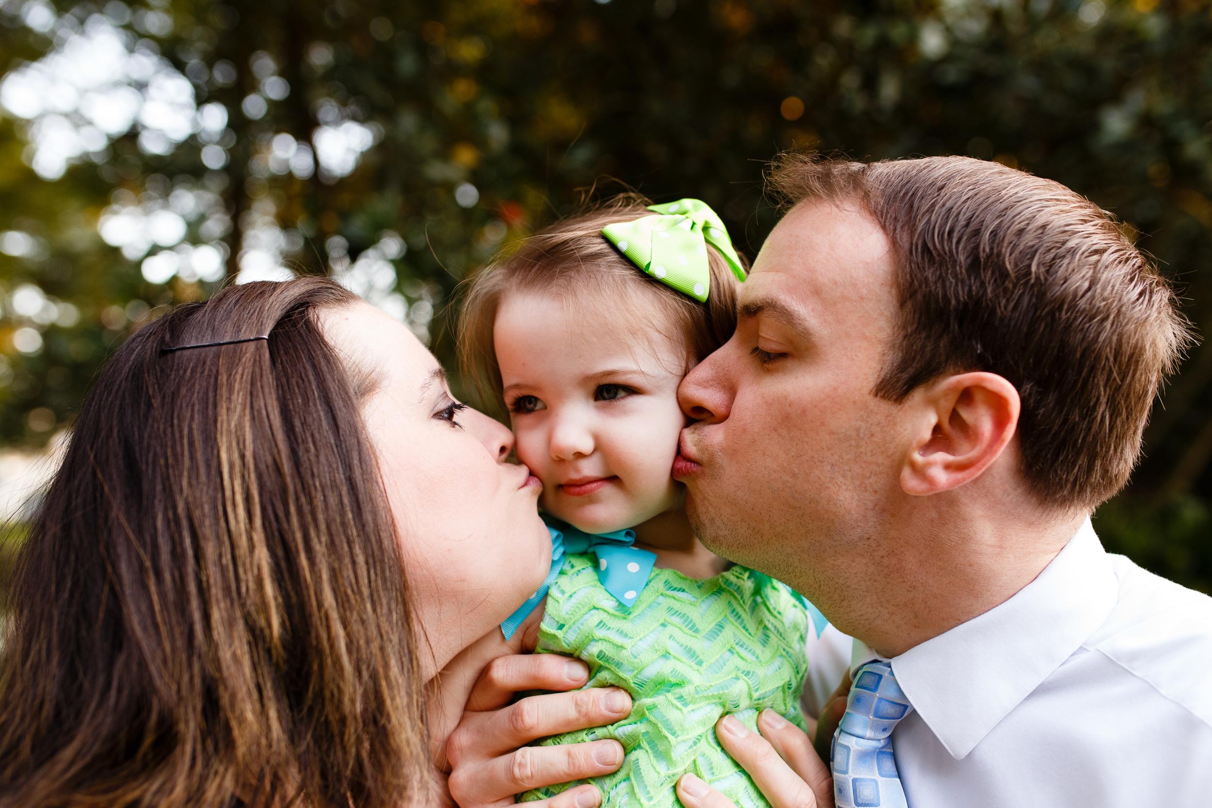 Family-portrait-lafayette-broussard-youngsville-photographer-15-2.jpg