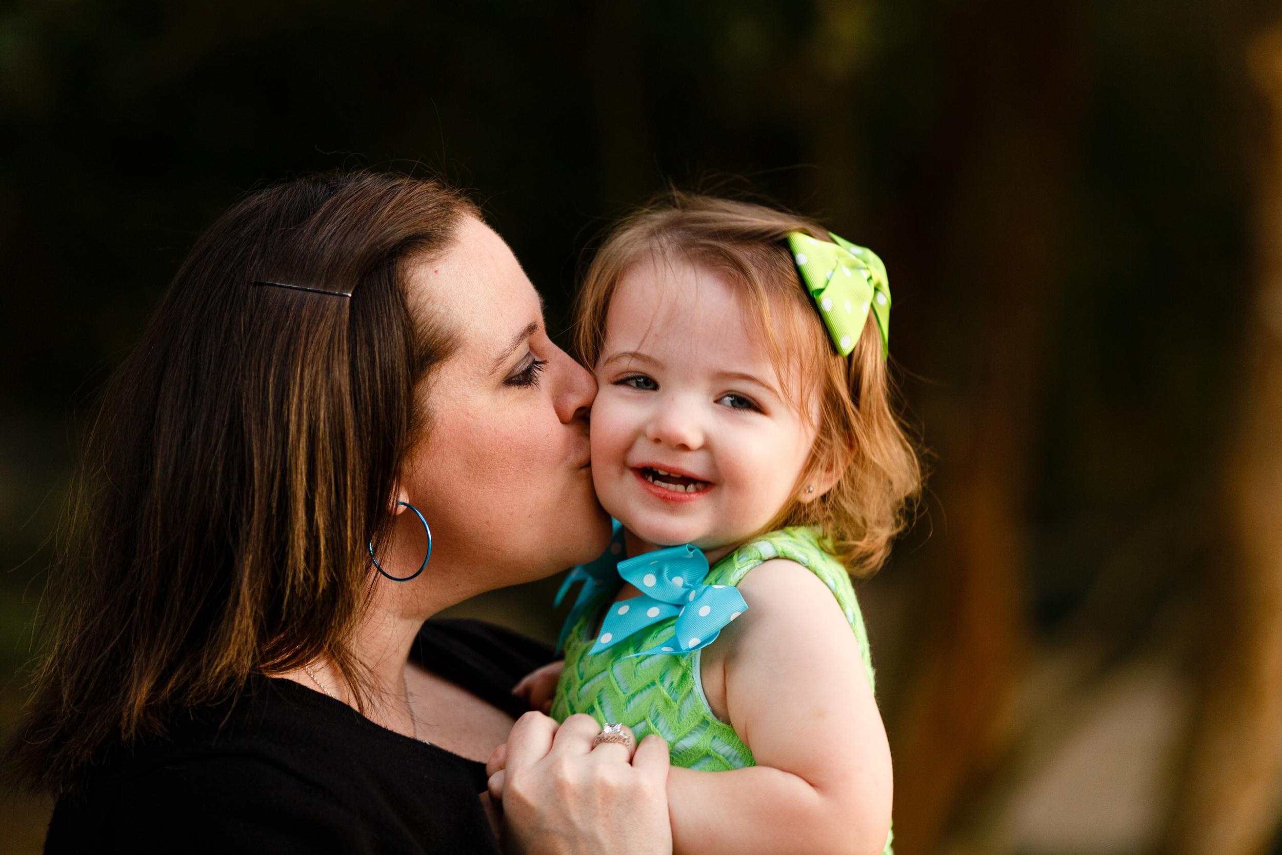 Family-portrait-lafayette-broussard-youngsville-photographer-36.jpg