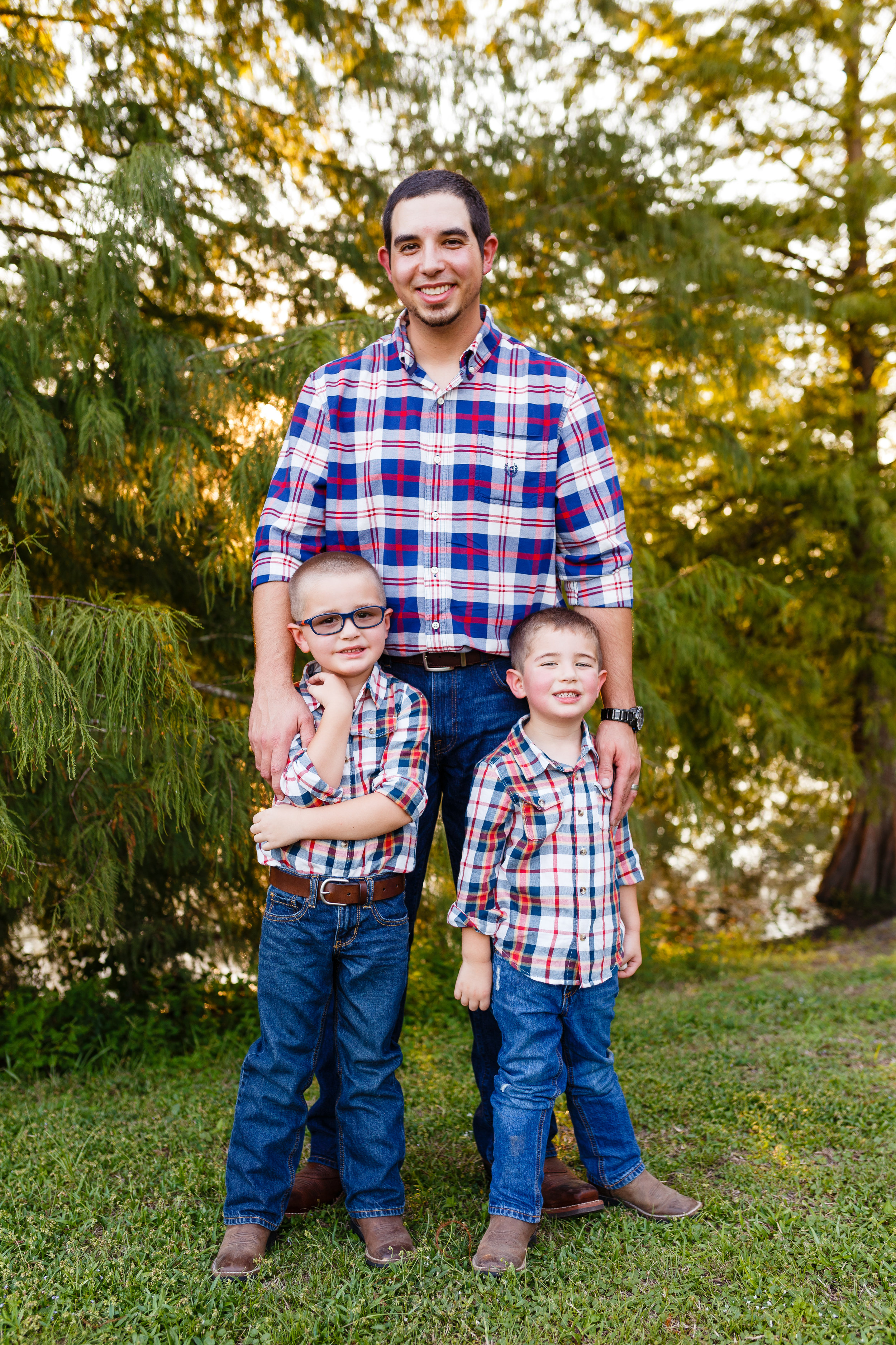 Family-child-portrait-lafayette-broussard-youngsville-photographer-30.jpg