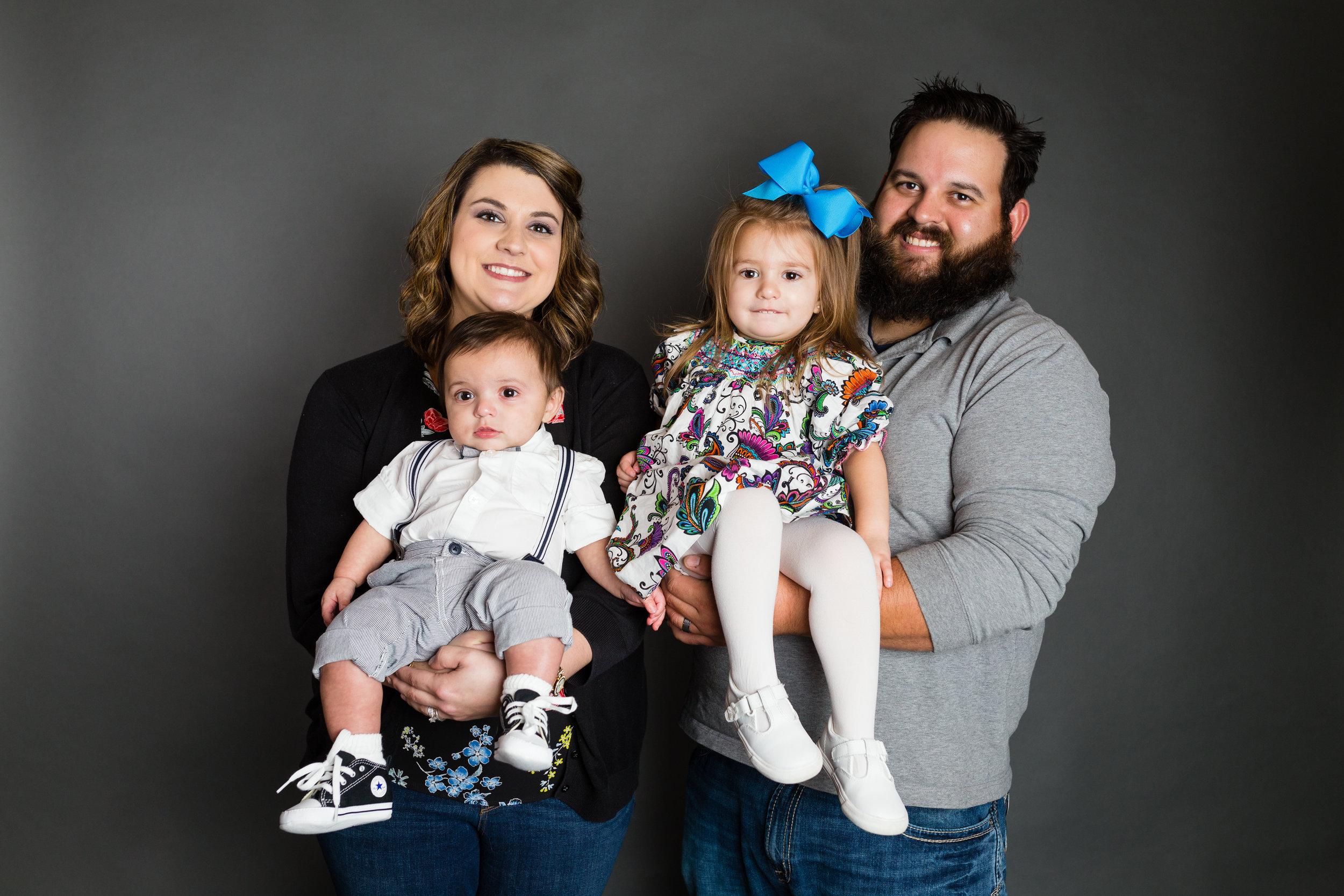 Family-child-portrait-lafayette-broussard-youngsville-photographer-29.jpg