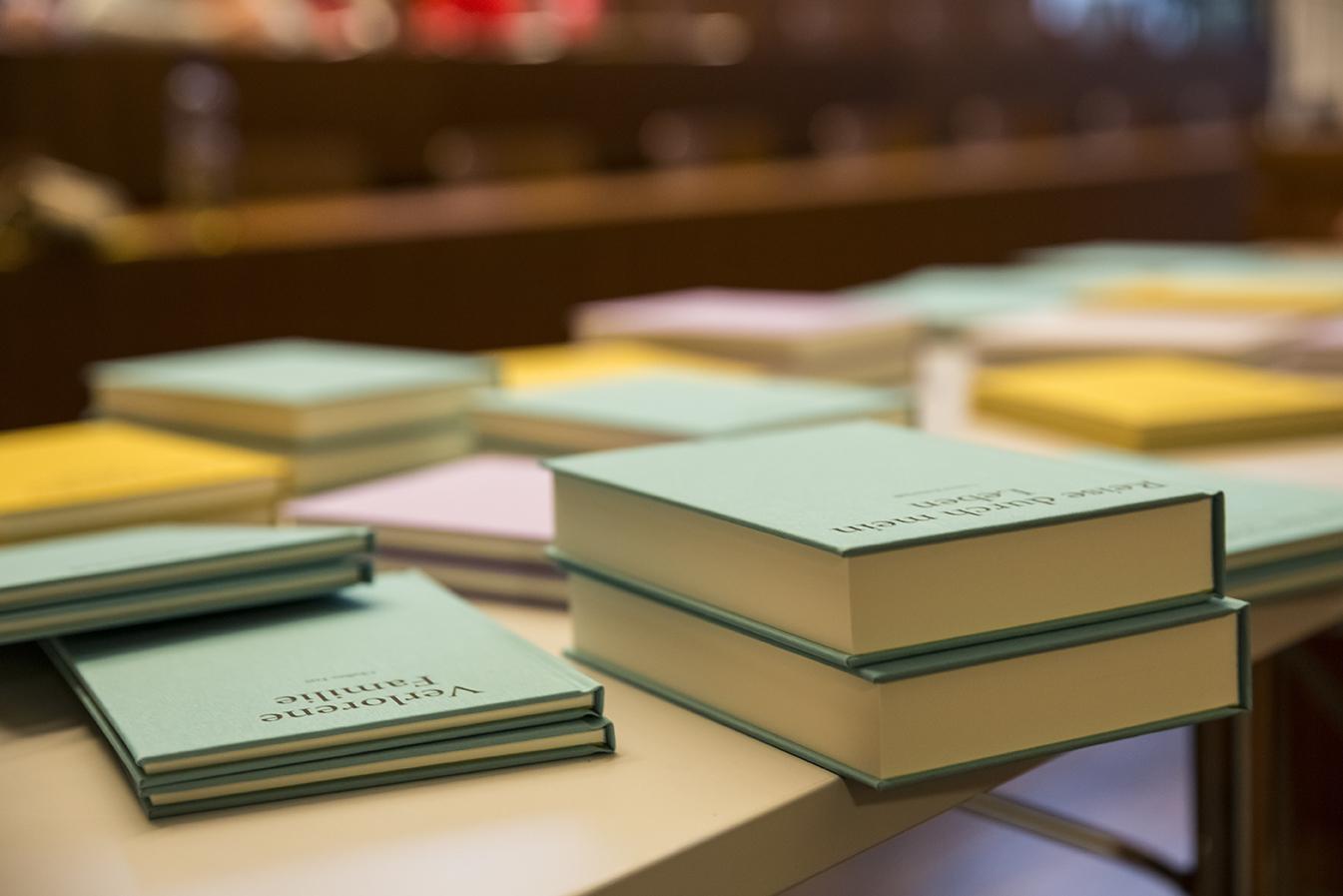 Die Bücher der Edition Unik (Foto: Joëlle Kost)