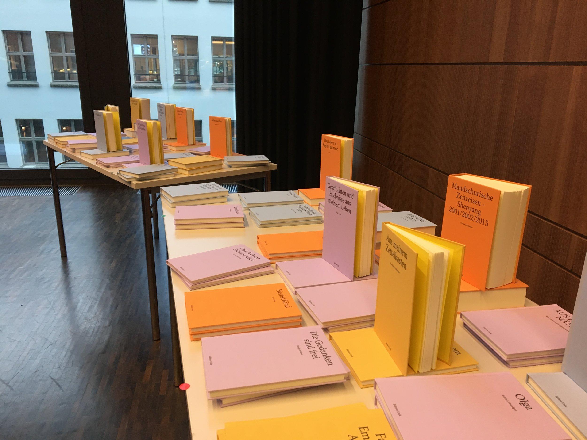 Die Bücher der Herbstrunde 2017. (Bilder: Edition Unik)