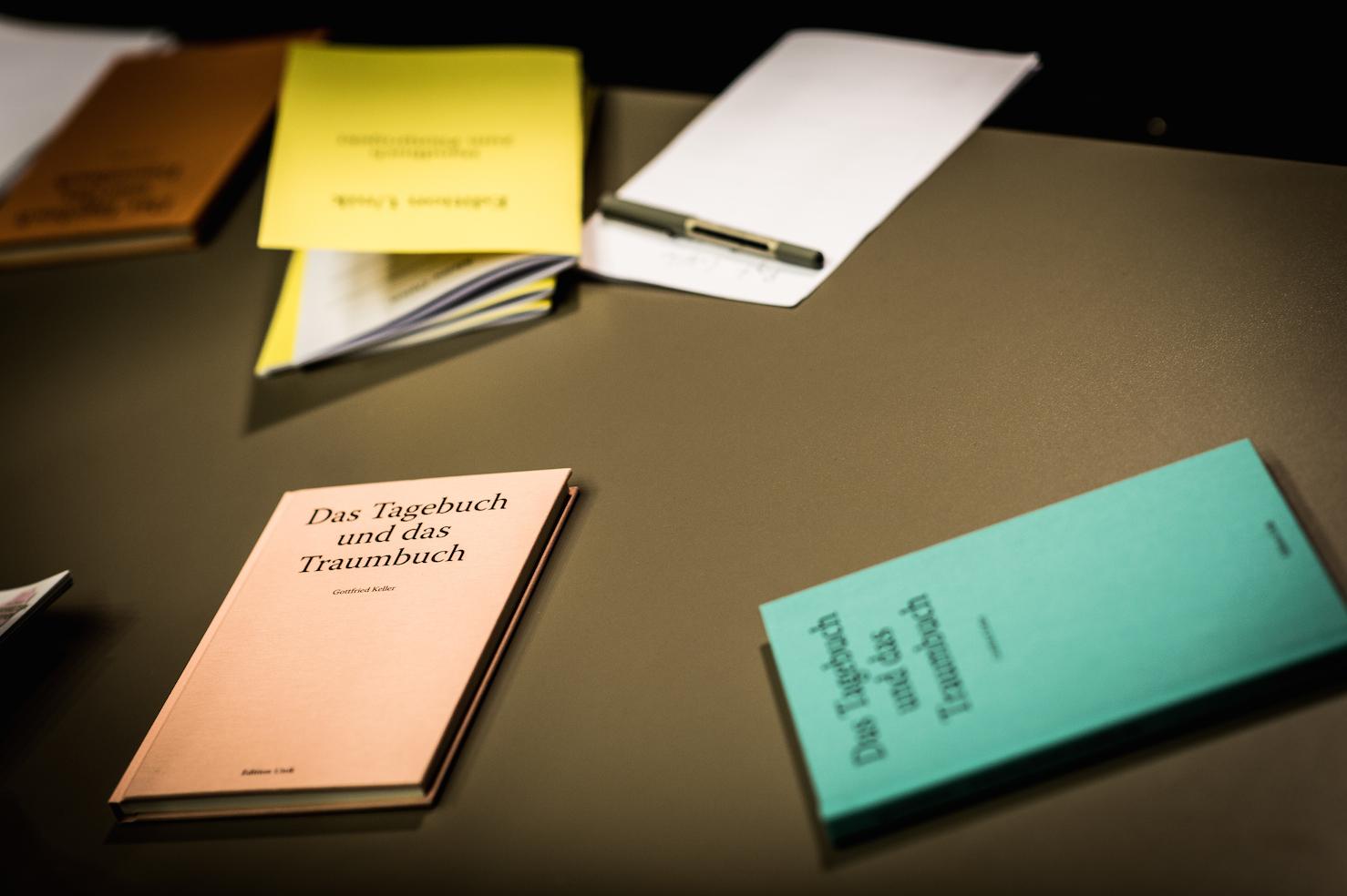 Beim Schreiben kommen die Ideen. (Foto: Tibor Nad)