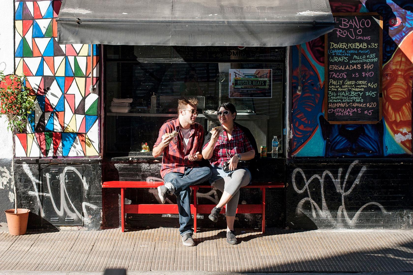06-el-banco-rojo-San-Telmo.jpg