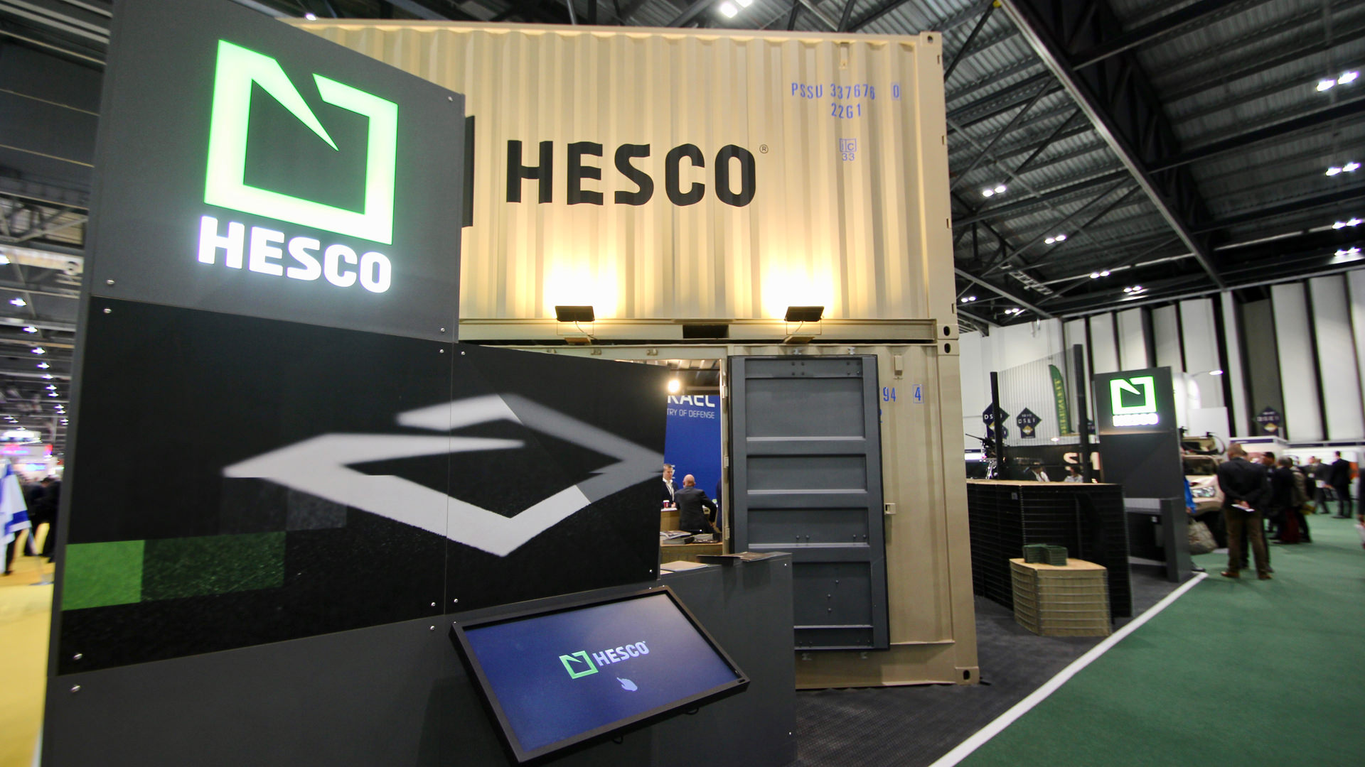 shipping_container_exhibition_stand_07.jpg