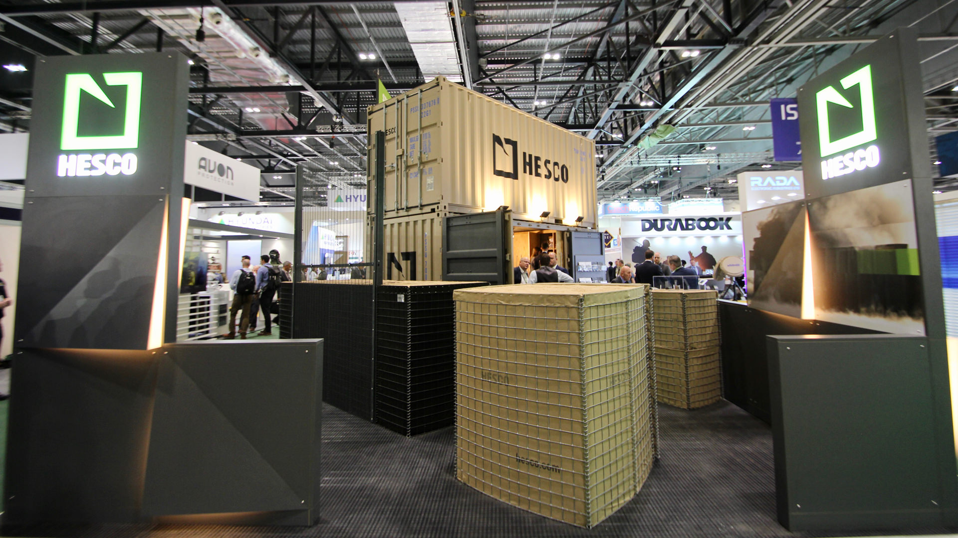 shipping_container_exhibition_stand_11.jpg