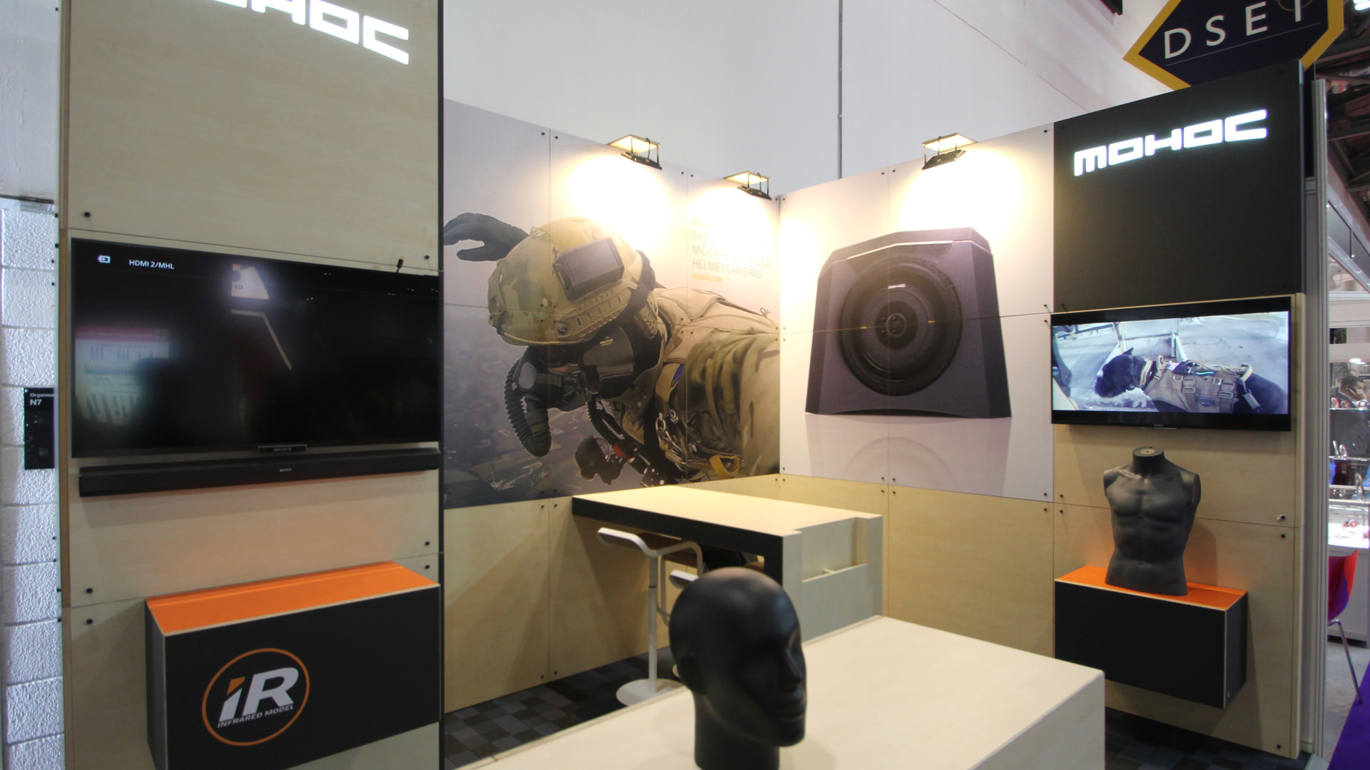 sustainable_modular_exhibition_stand_05.jpg