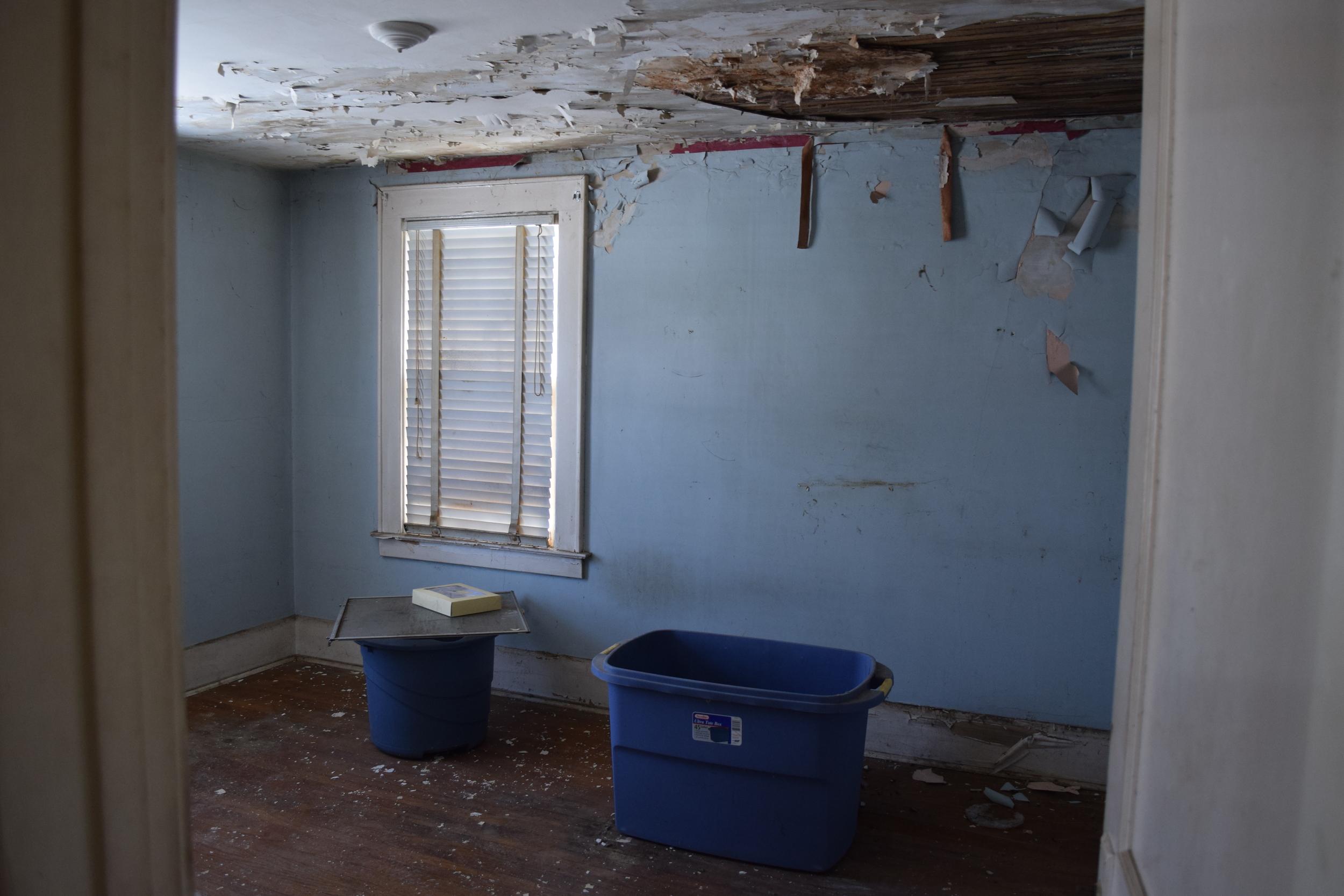 116 Benedict - Bedroom 1 Before.JPG