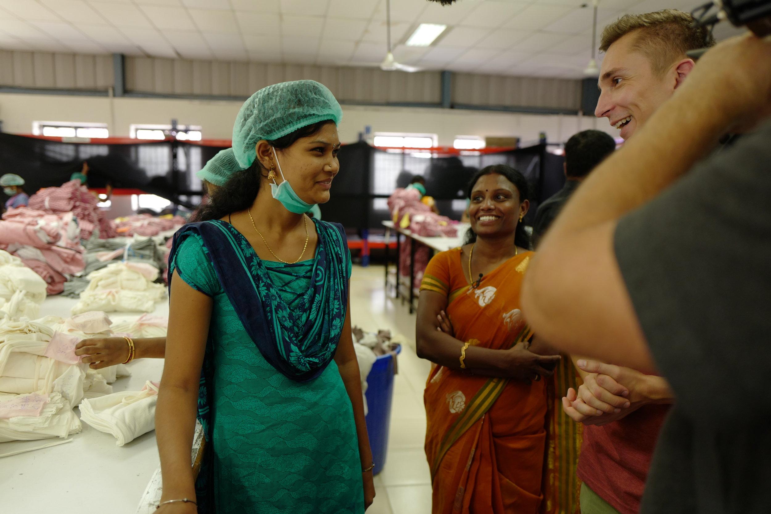 Eric Mayer ZDF Moderator in Indien 2.jpg