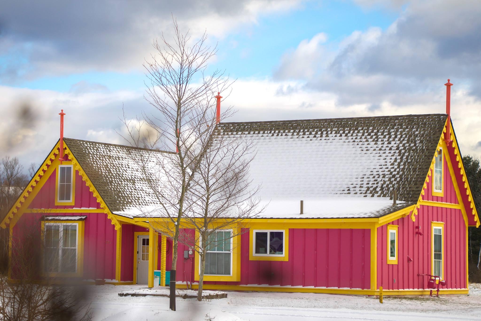 Red-Boiceville-Cottages.jpg