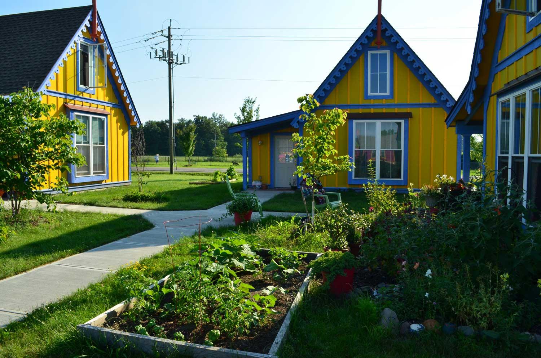 boiceville-cottages-yellow-blue.jpg