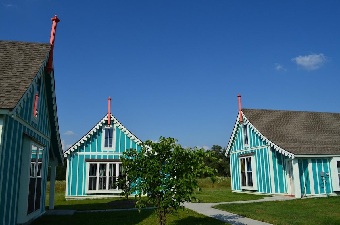 boiceville-cottages-ithaca-blue-gaudi.jpg