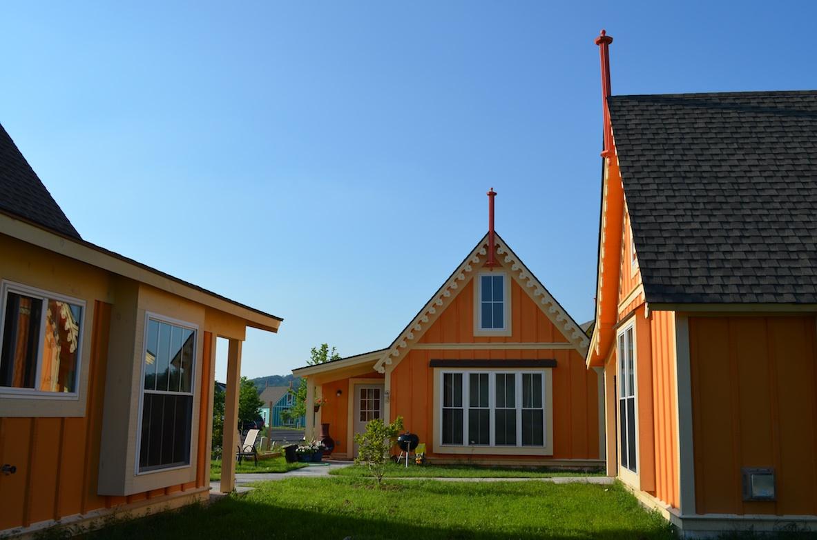 boiceville-cottages-orange.jpg