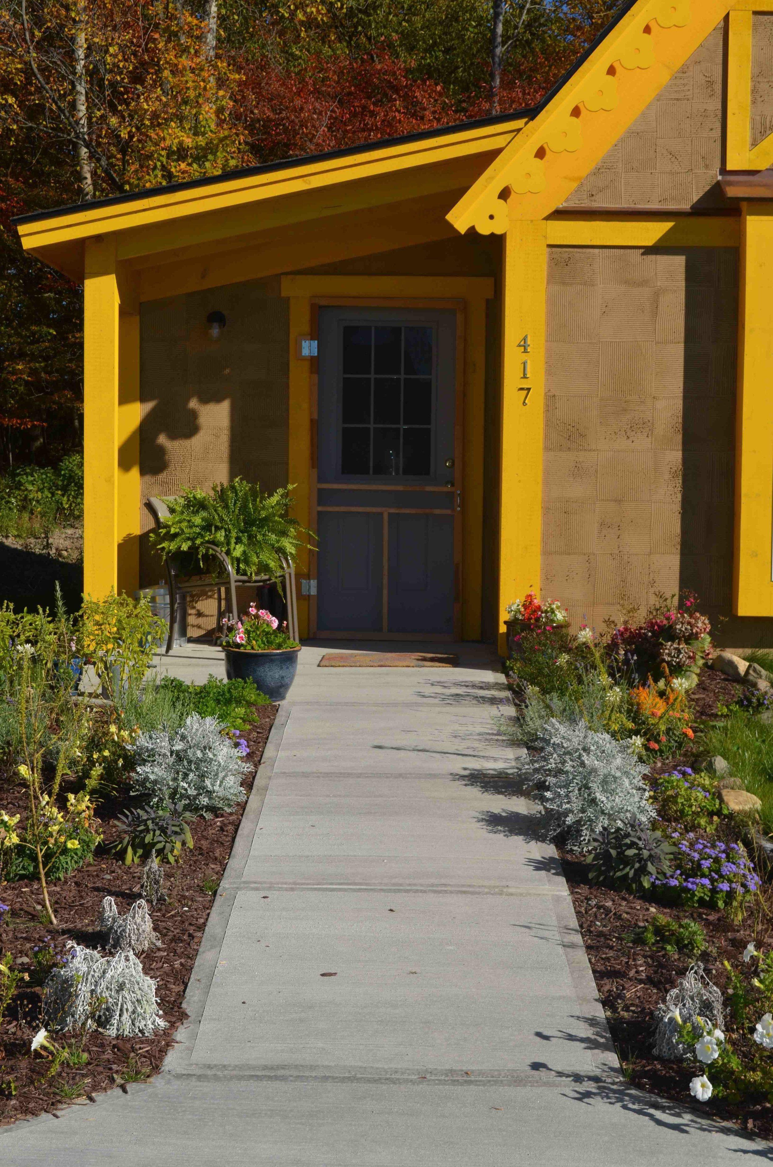 Boiceville-Cottages-Yellow-Apartment.jpg