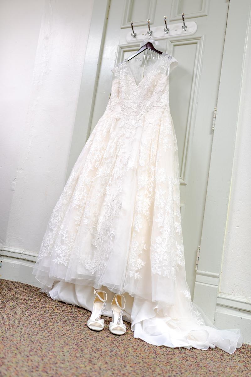 McKillip_Robbins_Wedding_Alyson_005.jpg