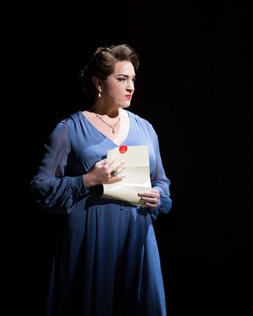 Lady Macbeth reads Macbeth's letter