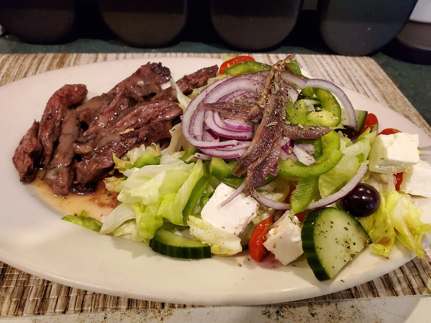 GREEK SKIRT STEAK PLATTER