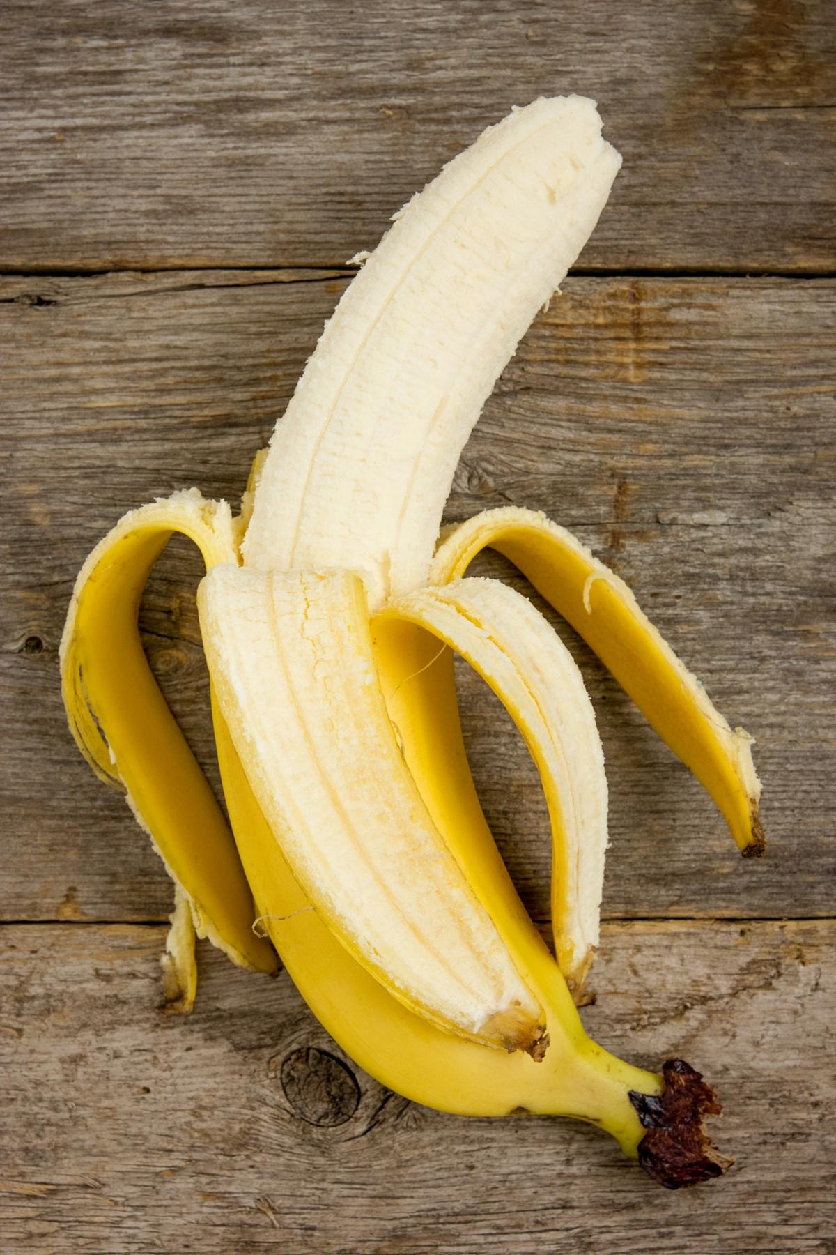 banana-hair-repair-mask.jpg