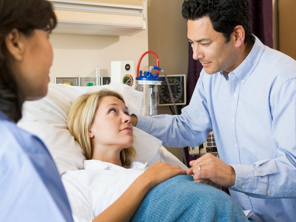 doula-midwife-hospital.jpg