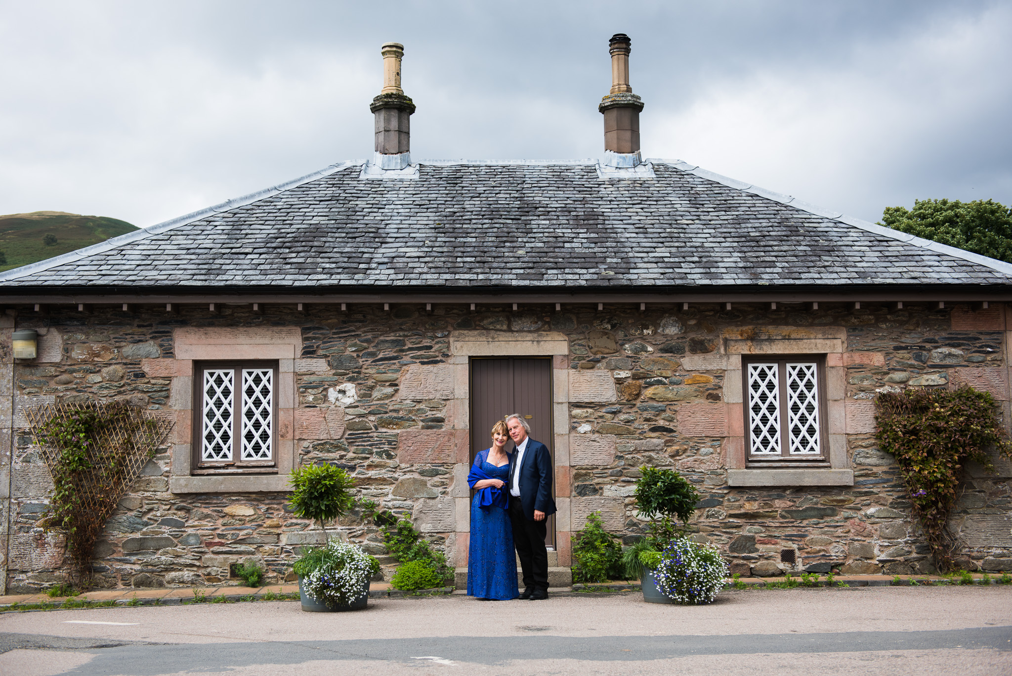Luss Wedding Couple at beautiful Scottish cottage